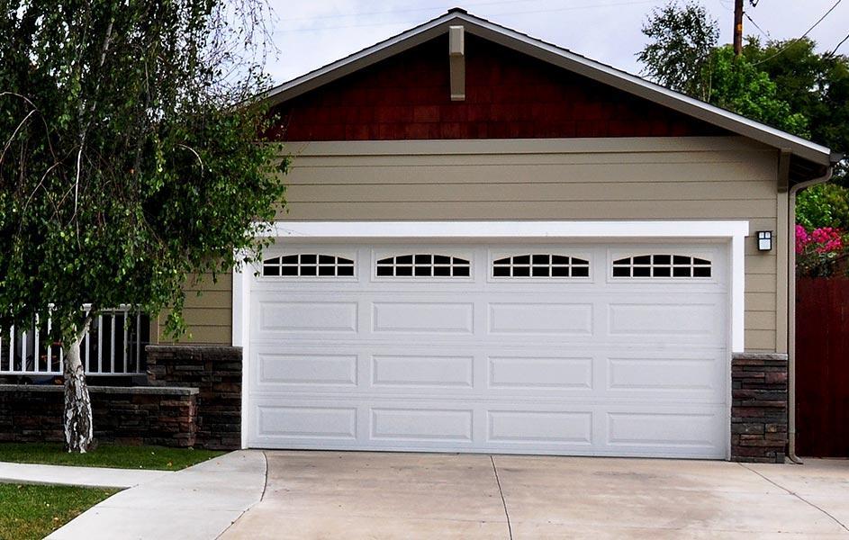 C:\Users\Bala\Downloads\the best garage door installation in Scottsdale.jpg
