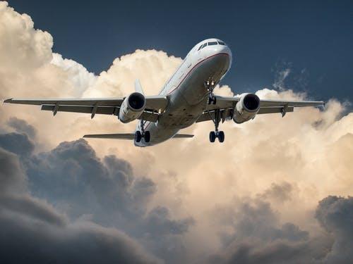 3,000+ Best Airplane Photos · 100% Free Download · Pexels Stock Photos